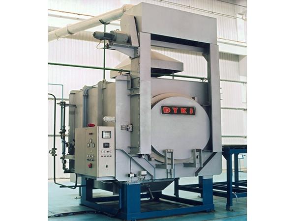 箱式气体氮化炉